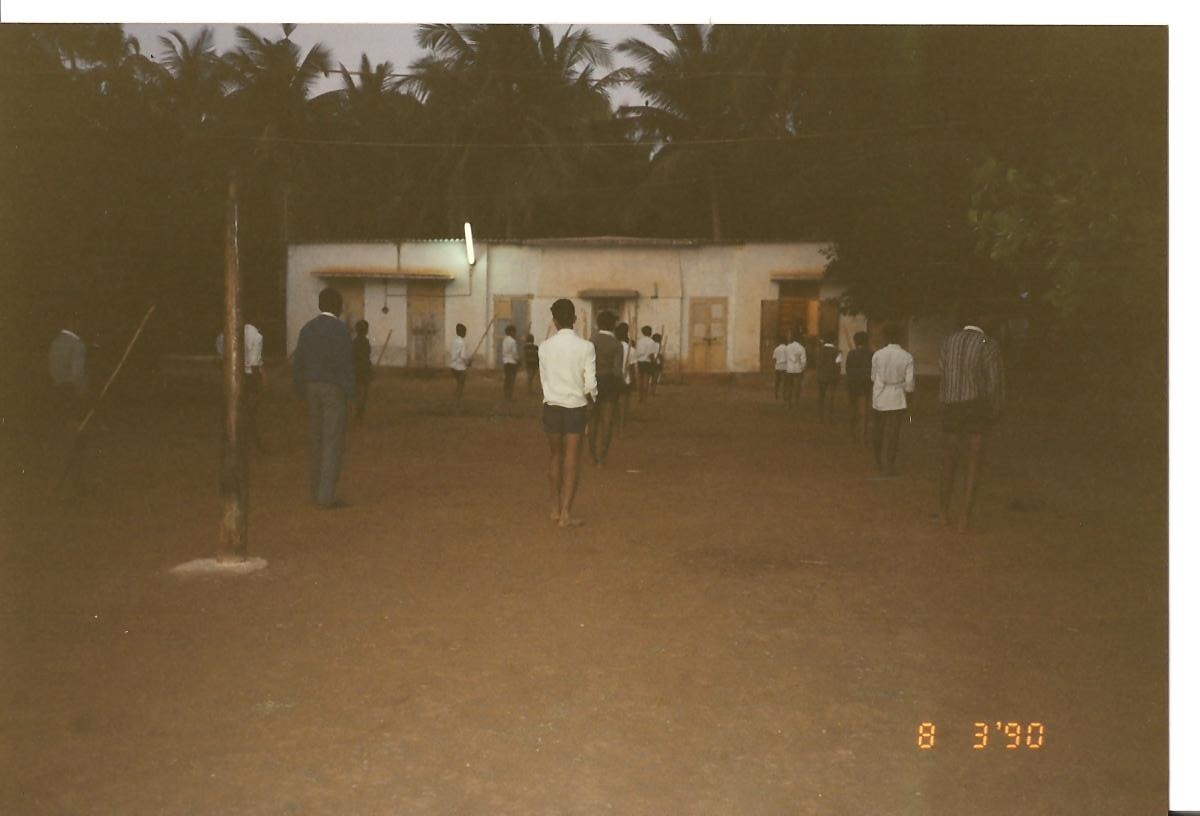 Ambalalbhai training student in LATHIDAW at early morning - March 1990