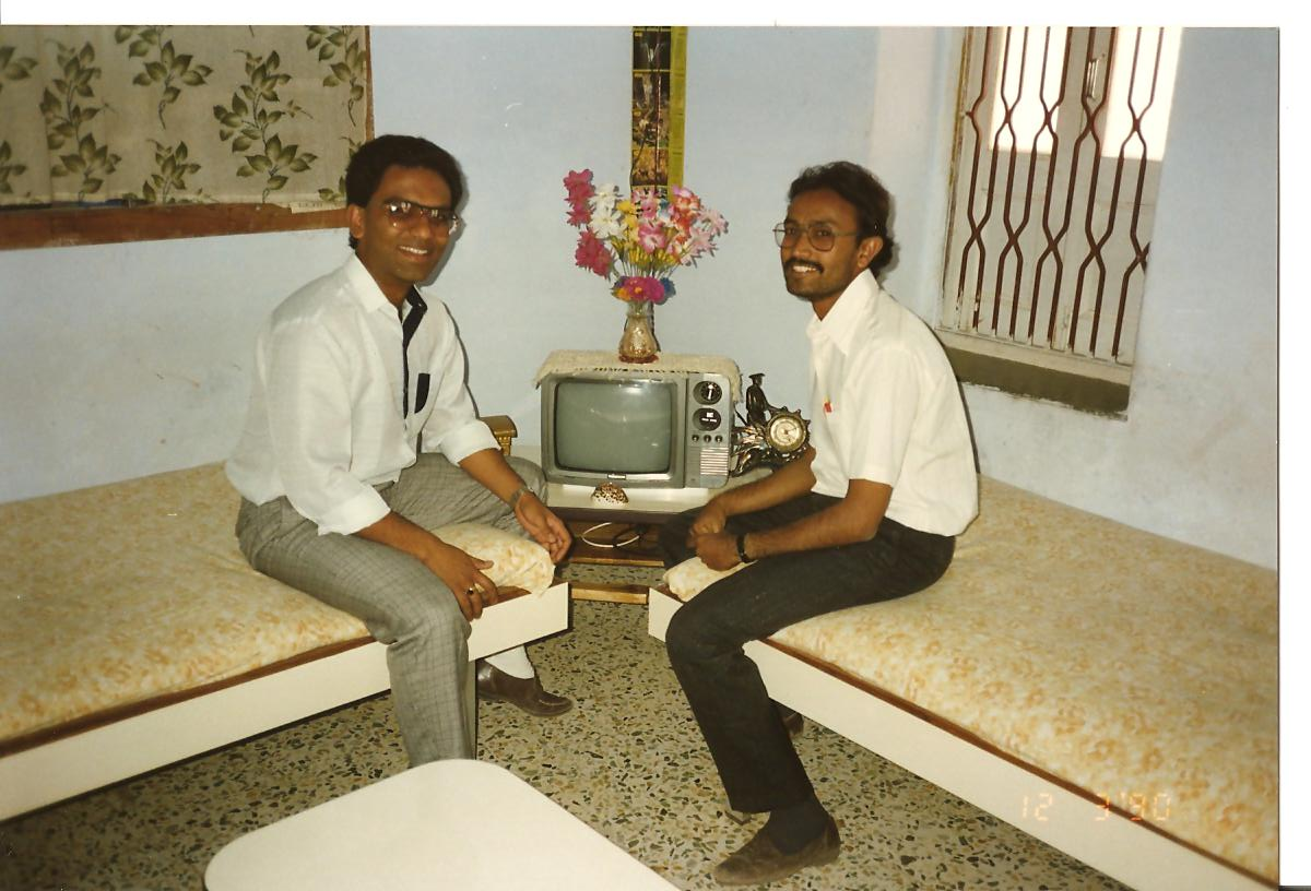 Harsh visited Natvar Ghol at his residence in Surendranagar - March 1990