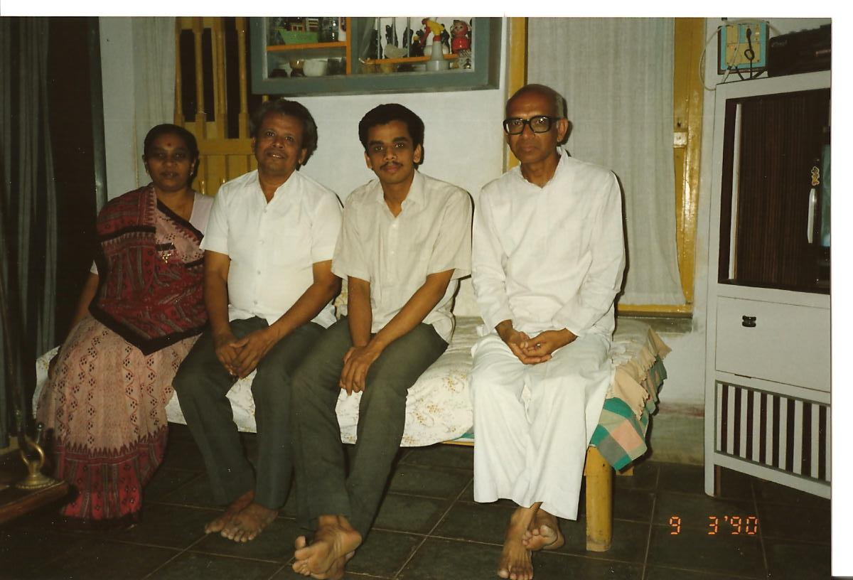 Shri Chandrakantbhai Patel and his family (I am not able to remember the name of the Guruji with glasses) - March 1990