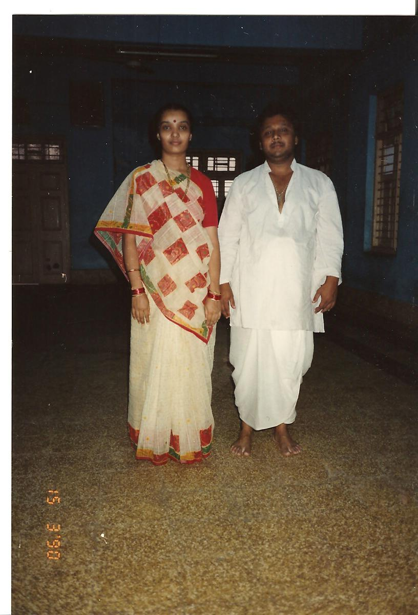 Bhargave Shantibhai Joshi and his wife at Mumbai Mandeer - March 1990